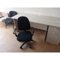 Поставка и сборка офисного стола, тумбы и кресла