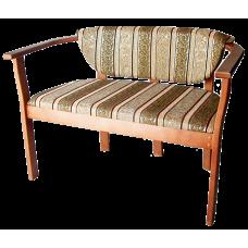 Скамейка из массива березы Барон (Цвет дерева и цвет обивки на выбор) (Длина 1200 мм)
