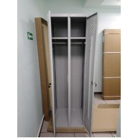 Поставка и сборка металлического шкафа для одежды